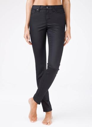 Классные джинсы с вощеным эффектом   под кожу