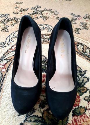 Женские туфли из эко замши