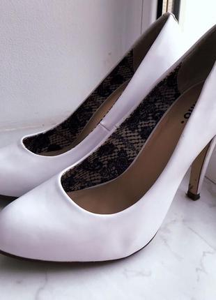 Свадебные/выпускной туфли женские (белые)