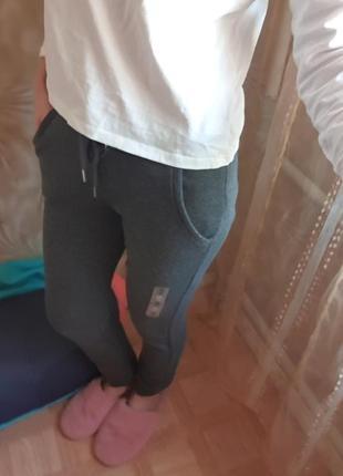 Новые спортивные штаны terranova