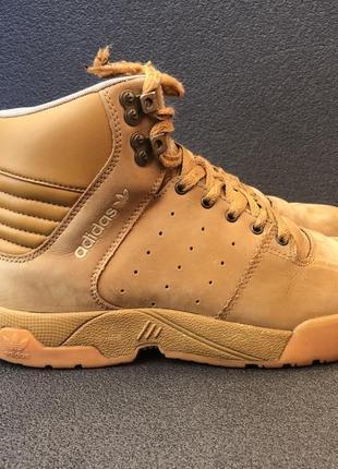 Ботинки adidas uptown td