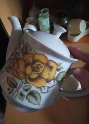 Фарфоровый чайник заварник (фарфор) с розой сумской фарфоровый завод