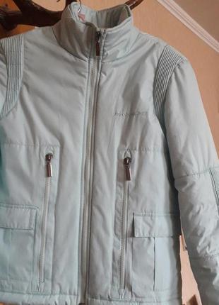 Весенняя куртка reebok