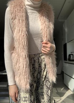 Шуба жилетка искусственный мех зара розовая нежная