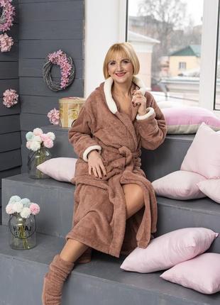 Махровый халат удлинённый с носочками2 фото