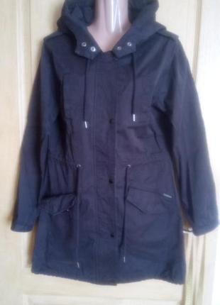 Ветровка куртка парка с капюшоном влаго- и ветро- непроницаемая