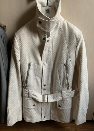 Полупальто. куртка. оригинал. унисекс.