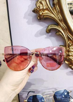 Фирменные солнцезащитные розовые очки katrin jones polarized