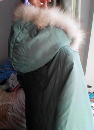 Красивое зимнее пальто с мехом