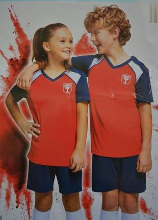 Набір для юного футболіста фірми crane.