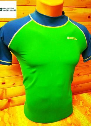 Яркая спортивная  футболка бренда из великобритании мountain warehouse.