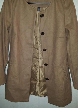 Очень крутое шерстяное пальто mango!