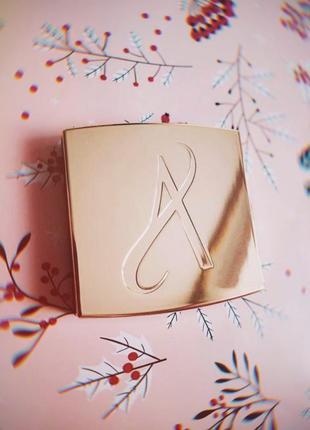 Artistry от amway. новый золотой футляр для теней и румян отличный подарок