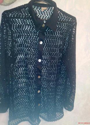 Стильная блузка в крупную сетку