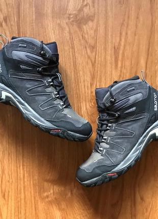 Чоловічі трекінгові черевики {мужские трекинговые ботинки} salomon eskape gtx