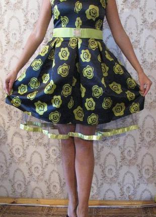 Шикарное вечернее нарядное отрезное пышное платье sensiline с цветным принтом турция