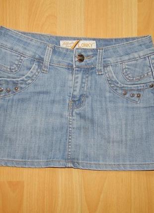 Короткая джинсовая юбка на девочку