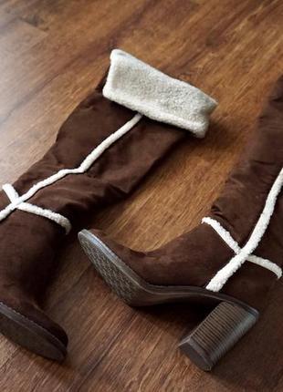 Абсолютно новые,демисезонные,стильные сапоги на устойчивом каблуке graceland