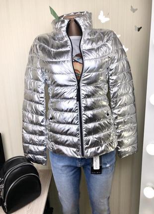 Новая куртка деми reserved много размеров