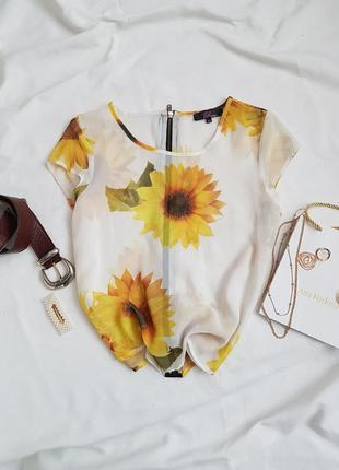 Чудова шифонова блуза з замочком ззаду від rare