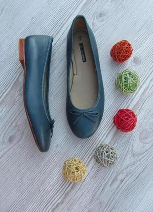 Кожаные туфельки на низком ходу темно бирюзового цвета