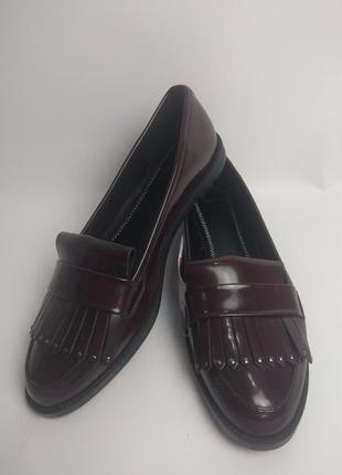 Туфли лоферы bershka 36размер