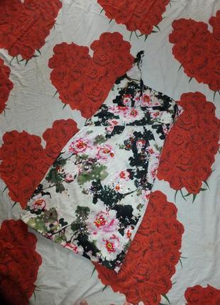 Платье цветочный принт с цветами на одно плечо