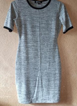 Платье футболка в спортивном стиле missguided