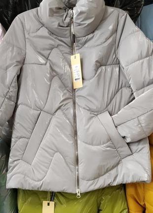 Весенняя куртка,с принтом розы, размер 48