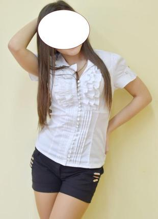 Классная белая блузка блуза с коротким рукавом на учебу в школу в офис