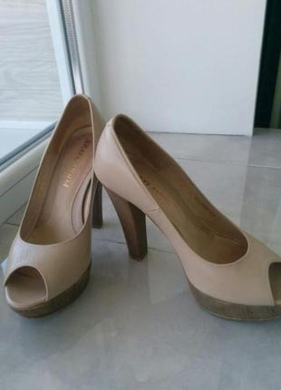 Кожаные женские туфли bravo moda