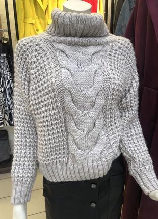 Базовый свитер крупной вязки
