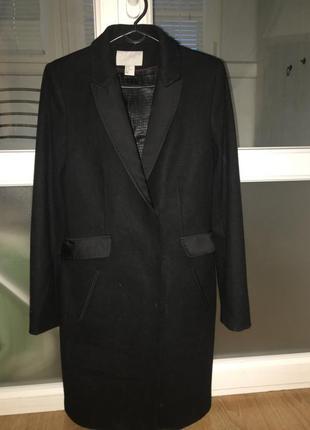 Шикарное классическое пальто hm