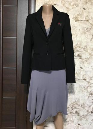 Стильный трикотажный жакет,пиджак love moschino