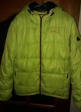 Куртка спортивная зеленая теплая