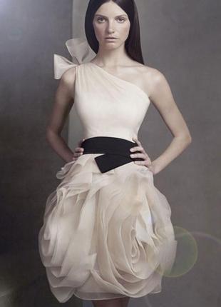 Оригинальное платье vera wang в идеальном состоянии