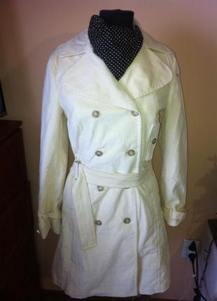 Молочное  пальто тренч из велюрового вельвета marella sport