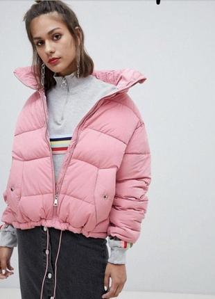 Дутая куртка pull&bear