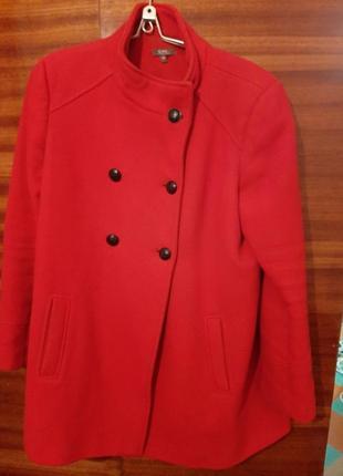 Весенее пальто