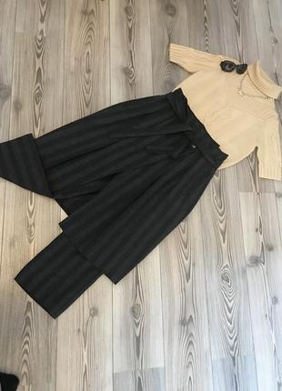 Комплект юбка брюки и топ