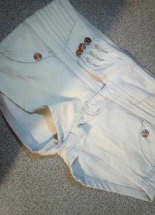 Шорты джинсовые одеты 1 раз на море были