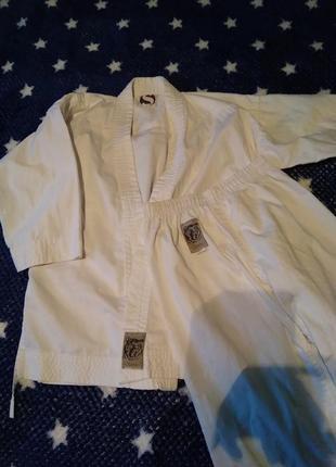 Продам кимоно, рост 130.