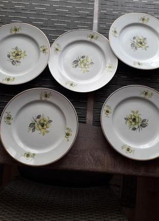 Набор тарелок для второго блюда ,ссср