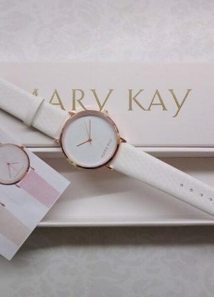 Часы белые mary kay хамелеон