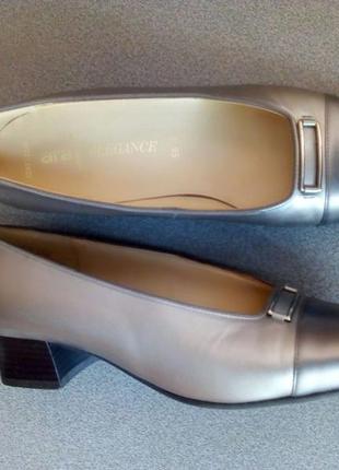 Ara elegance кожаные туфли p. 38,5 р. 38,5 ст. 25,5 см  шир. 8 см, полнота f 1/2