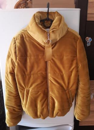 Курточка велюровая