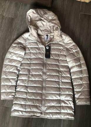 Фирменный серый стеганый  легкий пуховик куртка на синтепоне