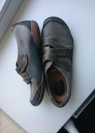 Clarks туфли р 7, стелька 25.5-26см