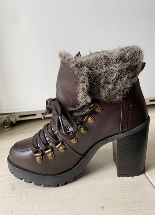 Ботинки кожа демисезонные firetrap массивные на платформе трендовые