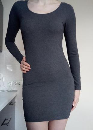 Базове сіре плаття h&m